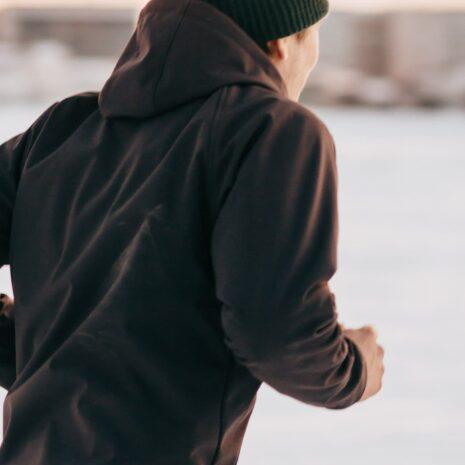 black-smoke-shell-jacket-jogger-pants-web-patrik-1025